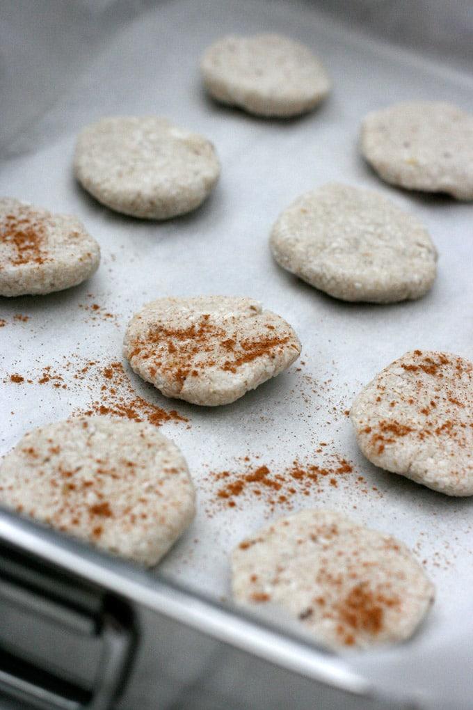 zwei Zutaten? Aber Hallo! Die Two Ingredient Banana Coconut Cookies ...