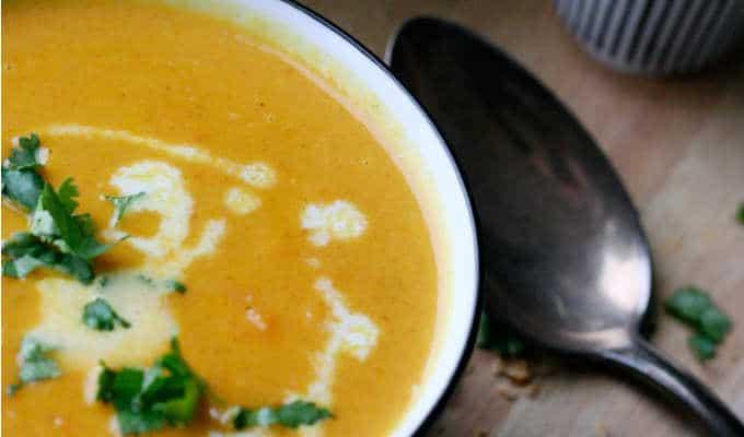 Karotten Erdnuss Suppe Mit Kokosmilch - Kochkarussell.com
