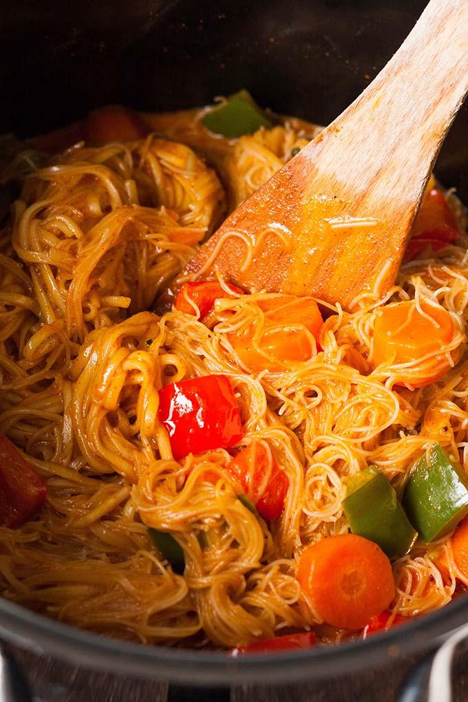 One Pot Glasnudel Curry - Kochkarussell Foodblog