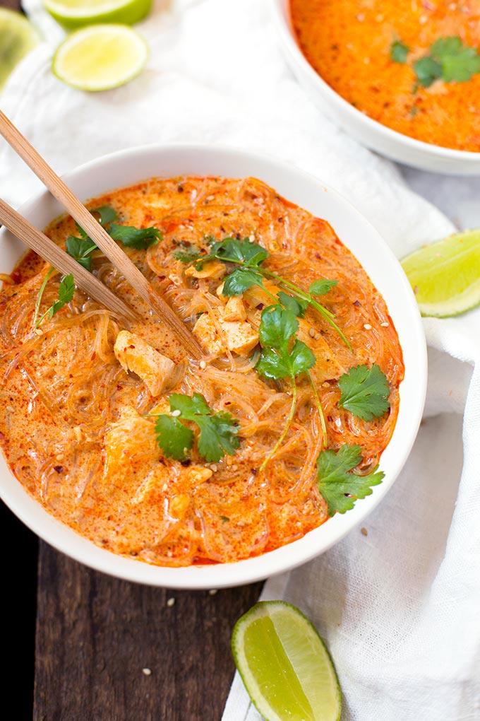 20-Minuten Thai Salmon Soup - Kochkarussell.com