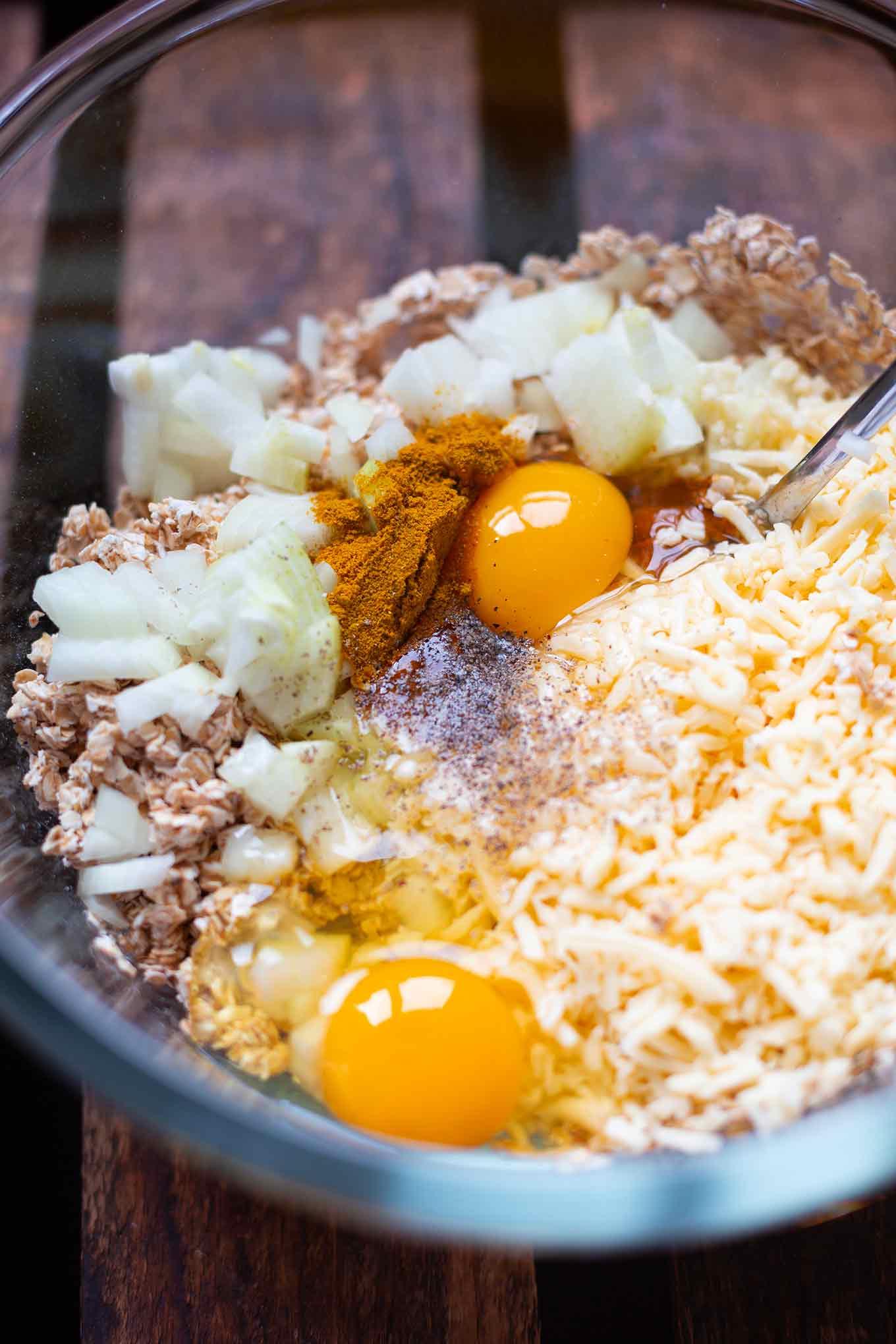 Schnelle Veggie Frikadellen Deluxe. Diese einfachen vegetarischen Buletten sind perfekt für Kinder und schmecken wie von Oma, nur ohne Fleisch! - Kochkarussell.com #rezept #frikadellen #vegetarisch #kochkarussell